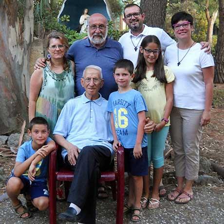 L'équipe apostolica di VIlla La Nuza al completo