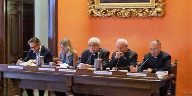 M. Recalcati, C. Giaccardi, P. Sequeri, V. Paglia, A. Spadaro