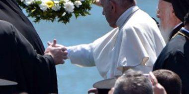 """Roma. Padre Ripamonti: """"Francesco a Lesbo ci indica la strada"""""""