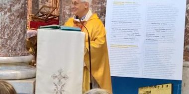 Roma. Il Generale e i rifugiati, la visita a sant'Andrea