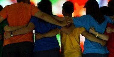 Aggiornamenti sociali: «Lasciare spazio ai giovani», un Sinodo che interroga tutti