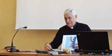 Padre Sosa presenta le preferenze apostoliche universali